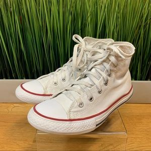 4.5 White High Top Lace up Converse